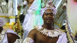 Vai Vai é toda axé! Escola homenageia Mãe Menininha | Carnaval 2017