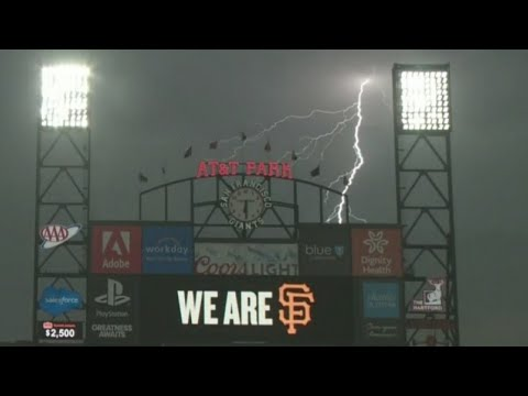 Over 1,000 Lightning Strikes In One Day In San Francisco Bay Area