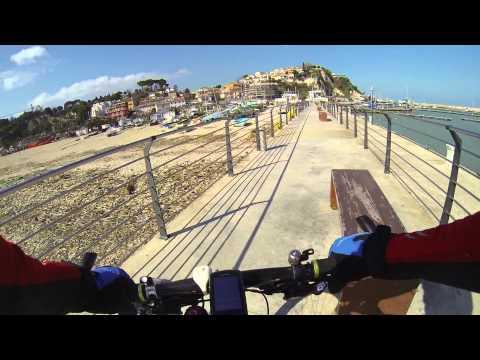 MTB al porto di Numana e oltre Porto Recanati per le mareggiate - 8.3.2014
