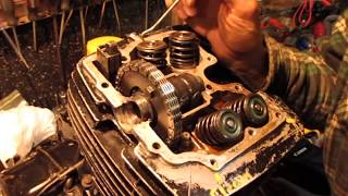 Valve Seals Replacement on a 1982 Honda XL 500 and the MOST important valve test you'll ever do!