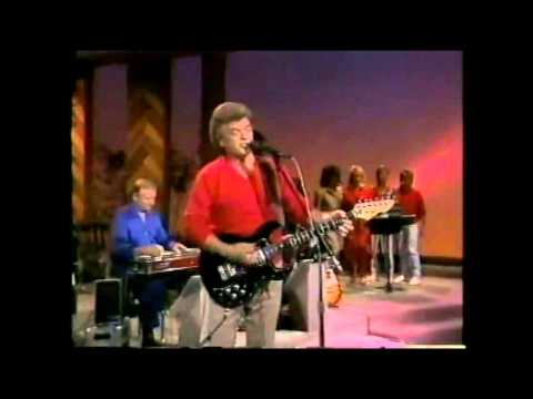 Conway Twitty (3 In 1 Concert Classics - Live Performances)