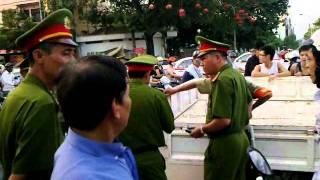 Phim Viet Nam | công an đánh người.mp4 | cong an danh nguoi.mp4