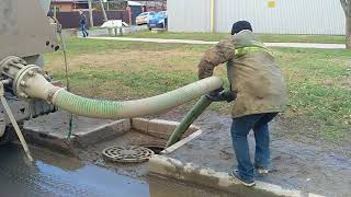 Гвно в городе или как сливают отходы жизнедеятельности в городскую канализацию г.Краснодара.