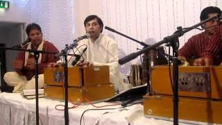 Download Hindi Video Songs - Hussain Brothers Qawwali Group (Ankhiyan Udeek Diyan)