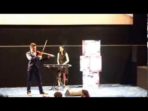 Dennis Lau Violin
