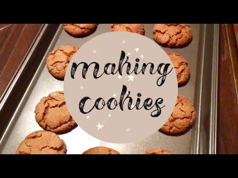 Making Some Of Trisha Yearwood's Cinnamon Cookies