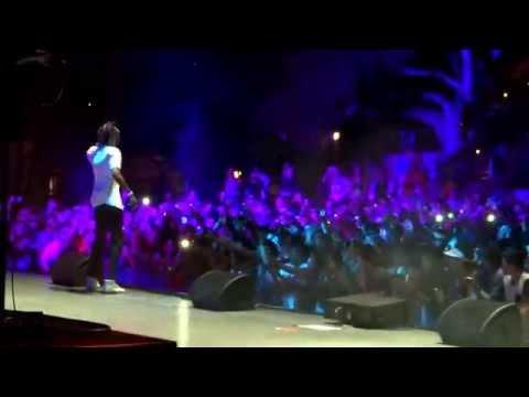 Wiz Khalifa - Paperbond (Live) HD