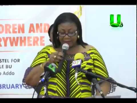 """First Lady Cuts Sod for """"Cancer Children Hostel"""""""