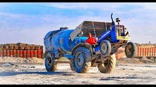 डी जे डांस तो बहुत देखे होंगे | आज देखिये सबसे अलग ट्रैक्टर का डांस ! Tractor Stunts Video 2019