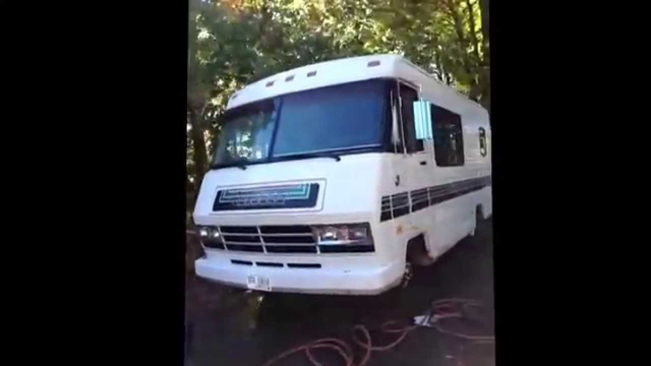 A Short Outside View Of My Rv 1987 22ft Itasca Sunflyer MJ Volg 02
