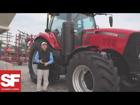Case 220 Magnum Sells at Auction | Steel Deals | Successful Farming