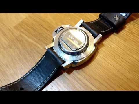 Chronos Wearables smart watch falls apart