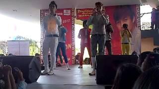 Repeat youtube video SUN7 Boyband Indonesia - Butiran Debu (cover Rumor) - Live Perform