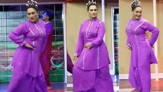 Nargis Dance Performance Long Nak Da - Naseebo Lal Song - SMB