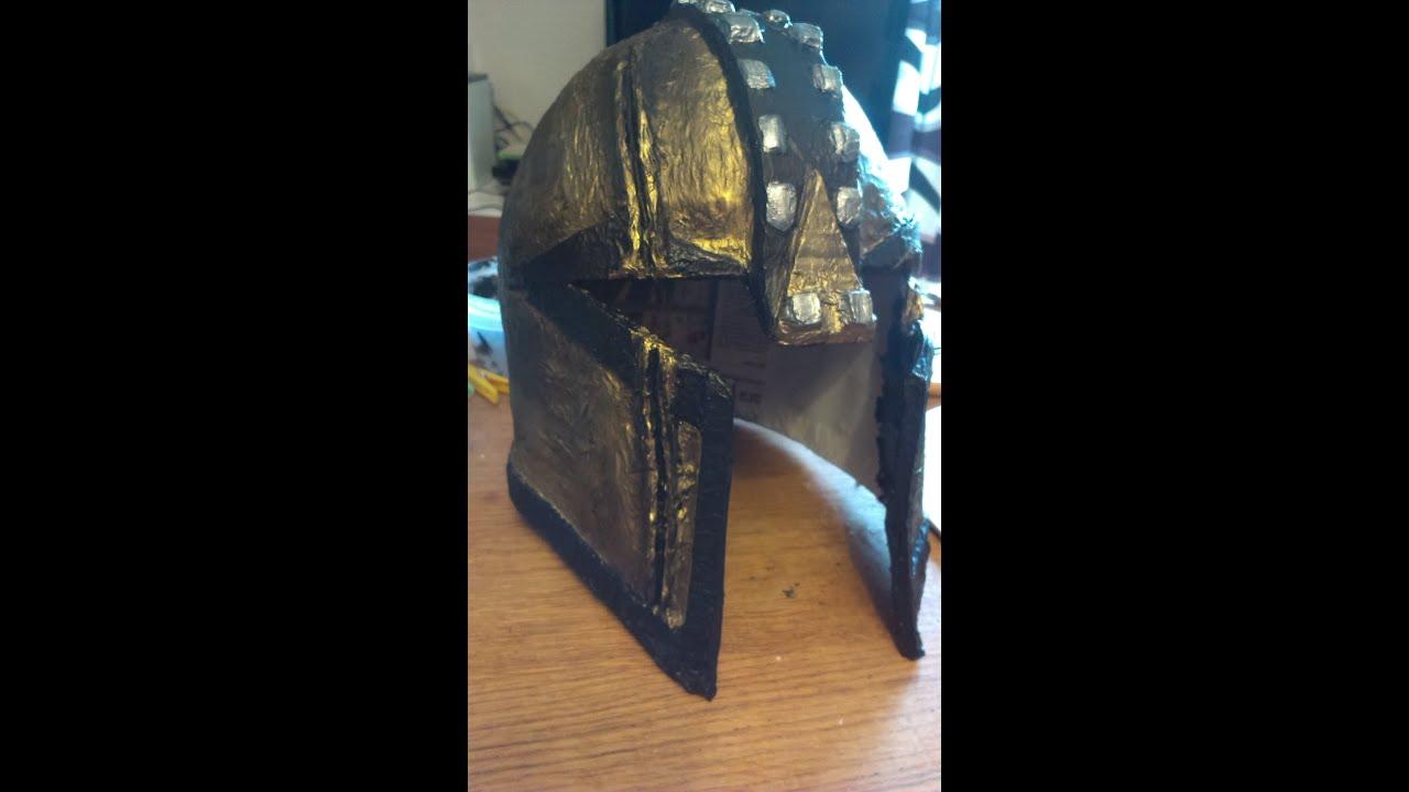 Cómo hacer casco medieval adulto - YouTube