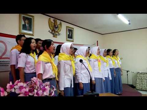 Bakti Remaja Paduan suara SMA 1 Kota Bogor   PMI Kota Bogor