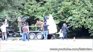 Once Upon A Time 5x04 - Captain Swan Horse Riding Scene