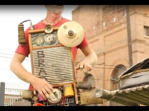 Washboard & Mobile Percussion Performance by Brad and Clyde Casey @ New Orleans