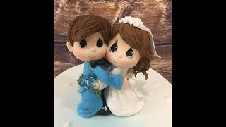 Жених и невеста из мастики  фигурки на торт ( украшение на свадебный торт) 16 мин