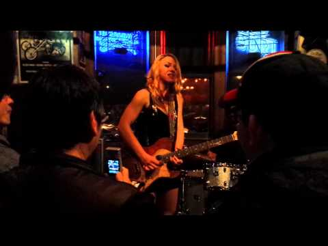 samantha-fish,-america's-best-female-blues-singer/guitarist,-live-at-the-dinosaur-bbq,-rochester,-ny