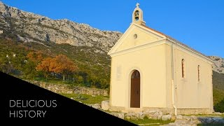 Delicious History: Zinfandel Wine & Octopus Peka In Kaštela, Croatia