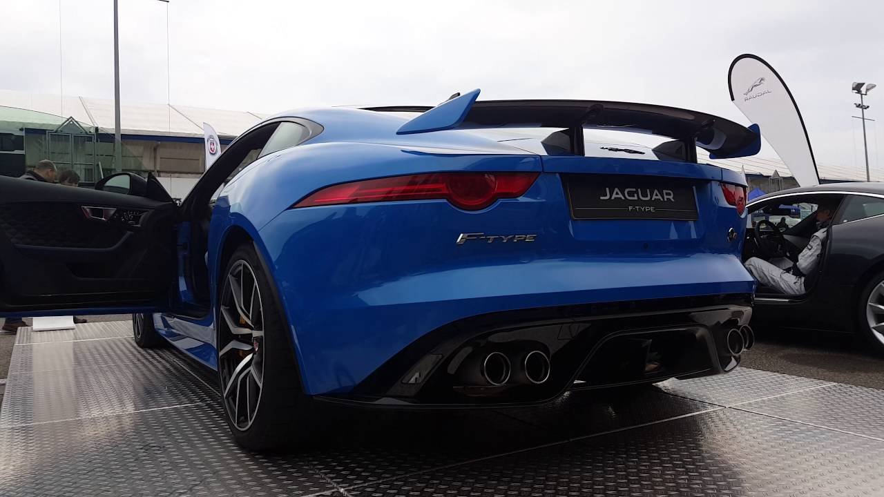 jaguar f type svr roadster start up rev exhaust sound. Black Bedroom Furniture Sets. Home Design Ideas