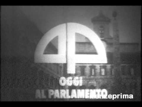 Raidue 39 tsp oggi al parlamento 39 sigla 1997 2000 doovi for Oggi in parlamento