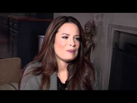 Holly Marie Combs: Pretty Little Liars Set Visit Interview from YouTube · Duration:  4 minutes 11 seconds