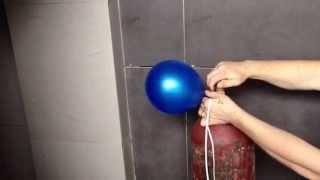 видео Как надуть воздушный шарик