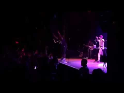 Jon Bellion & Travis Mendes - All Time Low (Live...