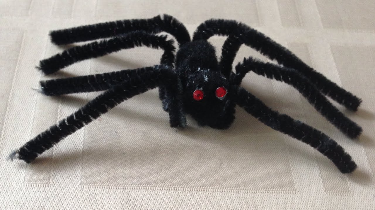 Crea dei ragni spaventosi per halloween fai da te for Fai da te creazioni