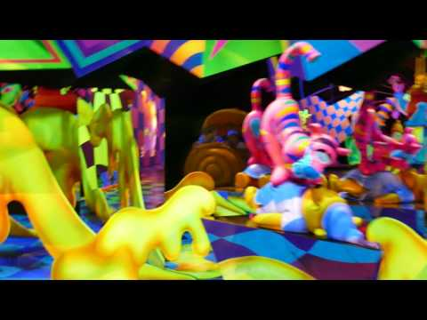 Download Youtube: 4K The Many Adventures of Winnie the Pooh full ride in Disneyland