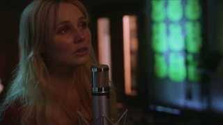 "Nashville: ""Black Roses"" by Clare Bowen (Scarlett)"