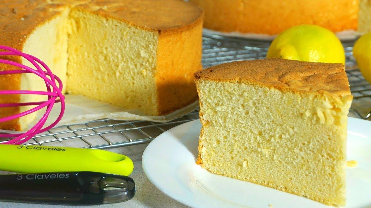 Bizcocho de limon sin batidora alto esponjoso y muy for Bizcocho de yogur de limon esponjoso facil