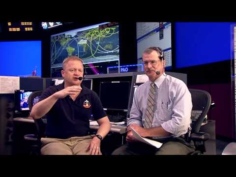 Astronaut Chats About Space Exploration with Atlanta Area Students