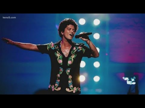 Mark - Bruno Mars providing Thanksgiving meals for those in need in Hawaii