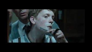 Zima za váky (2008) - holící scéna č.1.