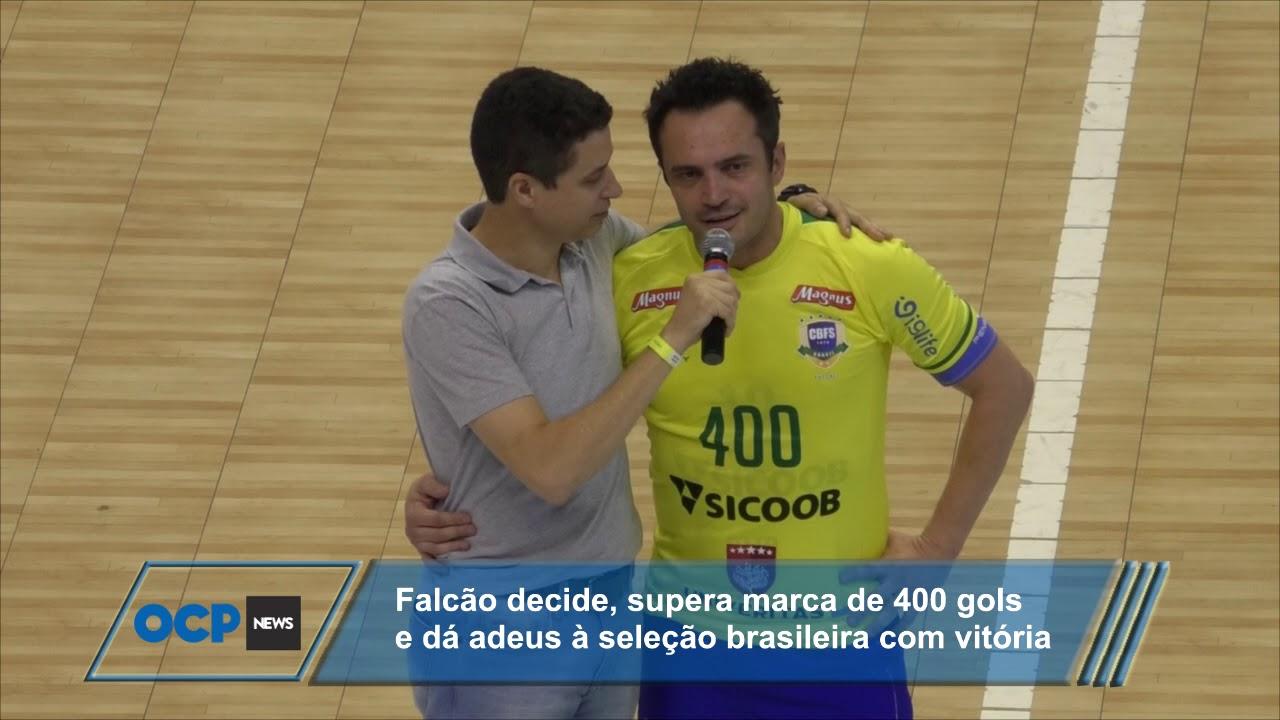6fc0775dd9 Falcão se aposenta em grande estilo da seleção brasileira de fustal ...