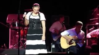 Download Елена Ваенга - Изгиб гитары желтой Mp3 and Videos