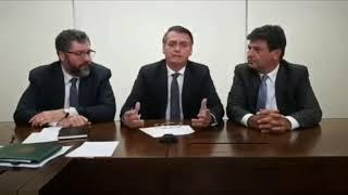 Bolsonaro afirma que vai acabar com as placas Mercosul