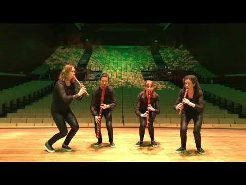 Woodpeckers play Vivaldi! RV 443