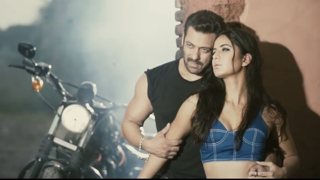 Salman Khan  Katrina Kaif Hot Video  Tiger Zinda Hai  - Youtube-4827