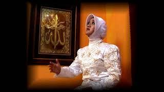 Download Video GURINDAM 12 PASAL 1. VERSI ASLI PULAU PENYENGAT. PAK NGAH SUHARDI S. MAHKOTA PRODUCTION MP3 3GP MP4