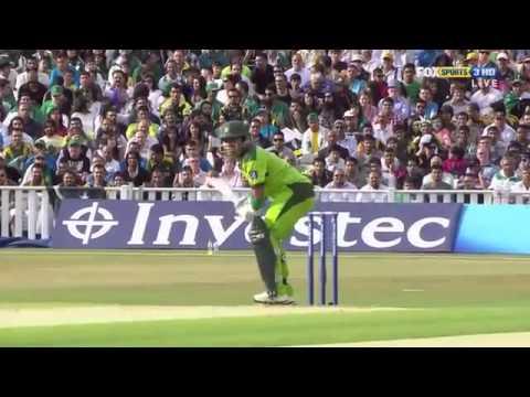 Umar Akmal On Fire 64 Vs Austalia T20