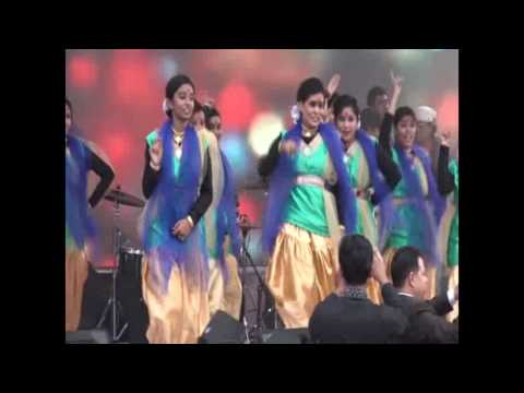 """Reshmi Churi"" Covered by Bangladeshi College Girls Students stage dance performance."