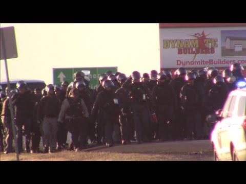 NoDAPL shuts down Highway 6 in North Dakota (Live-stream)