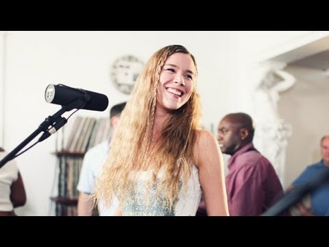"Joss Stone - ""The High Road"" LIVE Studio Session"