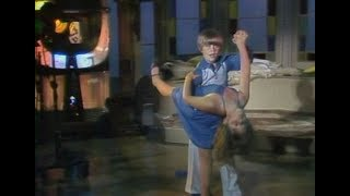 """WMAQ Channel 5 - Kidding Around -""""Disco Dancing Kids / Collections / Puppet-Making / Fishing"""" (1979)"""