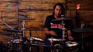 Download COVER KENDANG LURAH WALANG MONATA - BANYU MOTO
