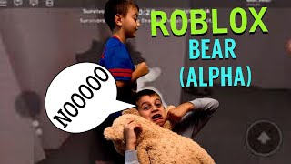 ROBLOX BEAR (ALPHA) HE WANTS TO BE OUR FRIEND?
